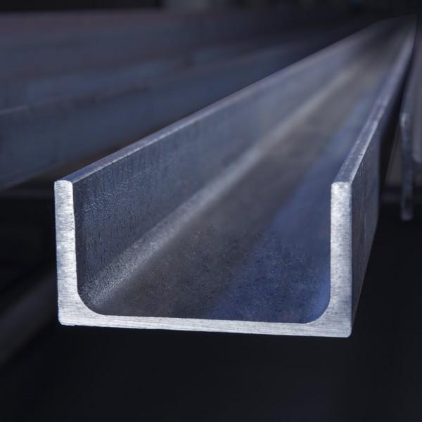 Parallelflanschiger U - Stahl UPE nach EN 10365/EN 10279 in der Güte S355JR+AR